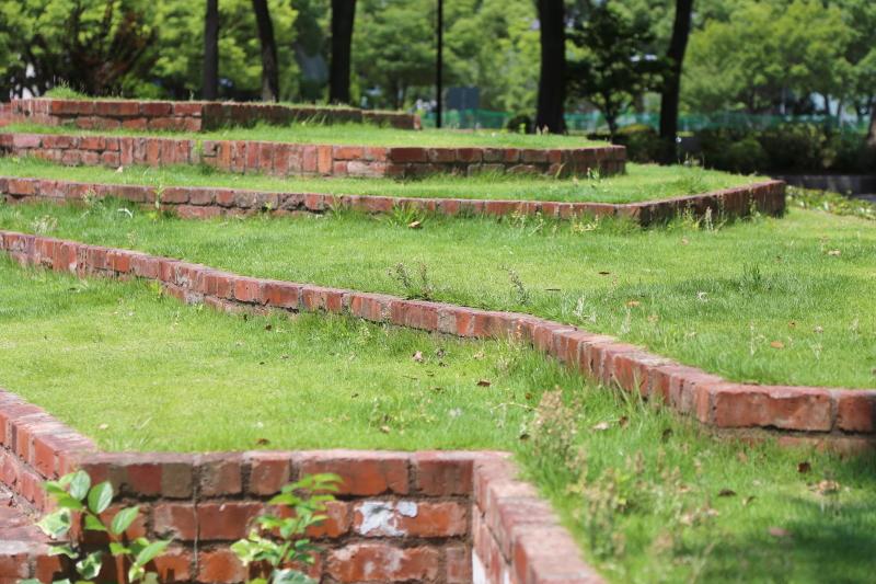 higashiyuenchi12.jpg