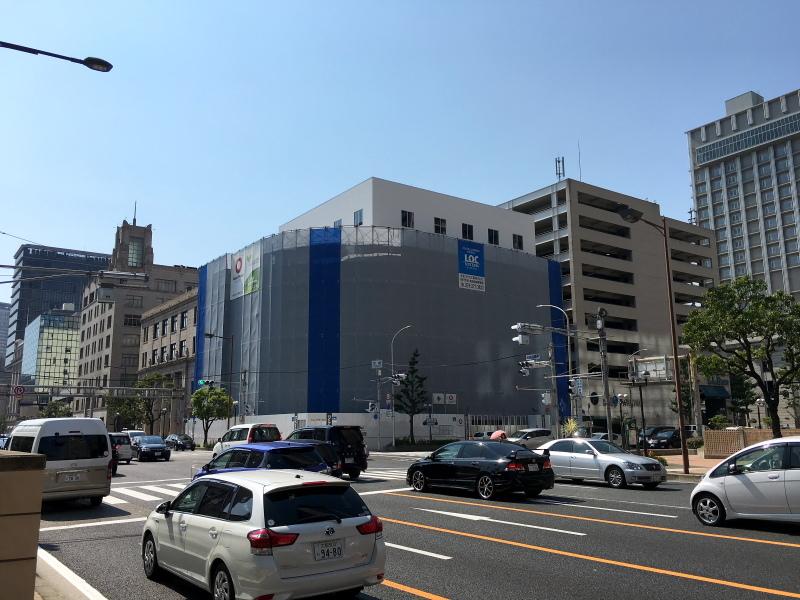 porchcenter33.jpg